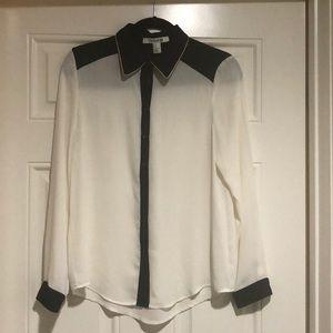 Forever21 White/Black Long Sleeve Blouse Size M